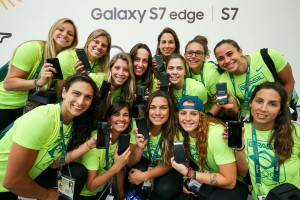 RIO DE JANEIRO, BRAZIL - AUGUST 03:  The Brazilian women's water polo team receive their Samsung Galaxy S7 edge Olympic Games Limited Edition at the Samsung Galaxy Studio in the 2016 Olympic Village on August 3, 2016 in Rio de Janiero, Brazil.  (Photo by Hagen Hopkins/Getty Images)
